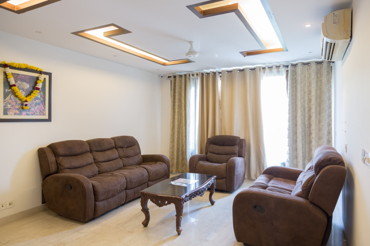 UMR Superio 4 Bedroom Apartment at Green Park